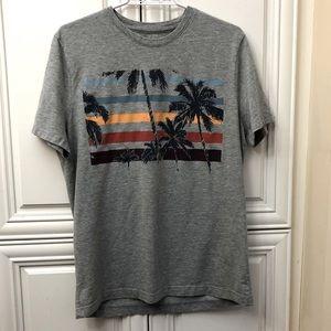 EUC Men's Banana Republic palm tree t-shirt